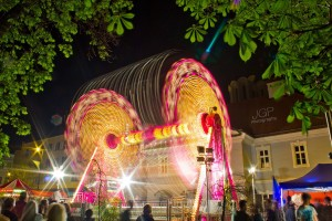 'Top Spin' Carnival ride